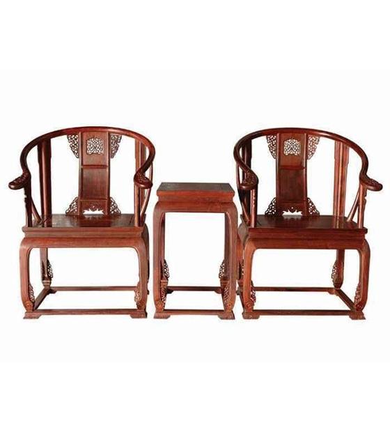 大红酸枝皇宫圈椅三件套
