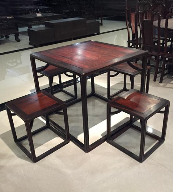 大红酸枝双色四方桌